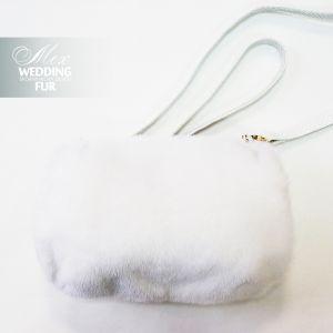 Муфта из белой норки с кожей питона на заказ