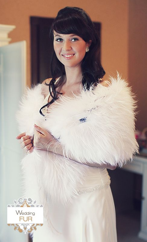 Палантин из белого финского енота